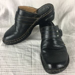 Boc leather clogs with buckle detail
